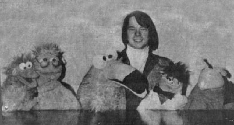 The Magic of Puppets - A Young Steve Axtell 3