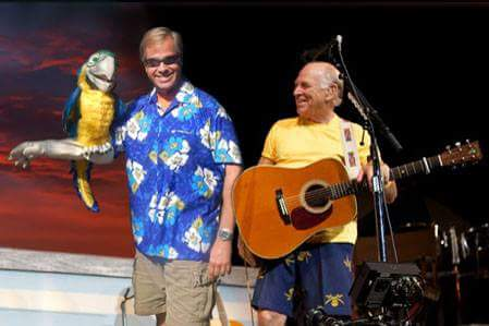 Glenn Chelius - Mega Macaw