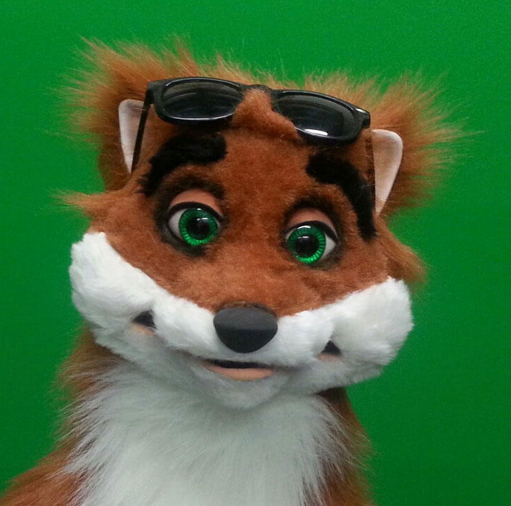 Rocky Fox Puppet Glasses up 2