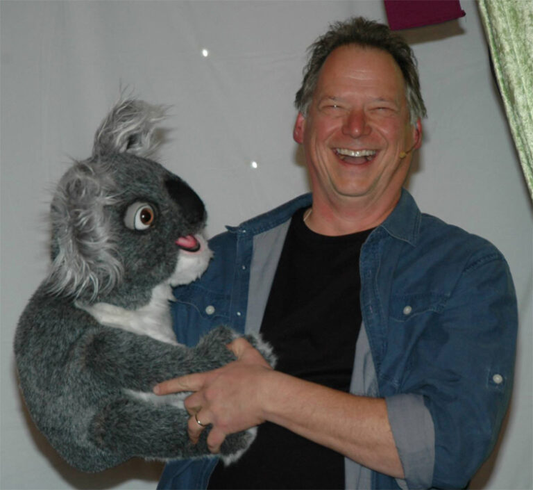Steve Performs with the Koala Puppet