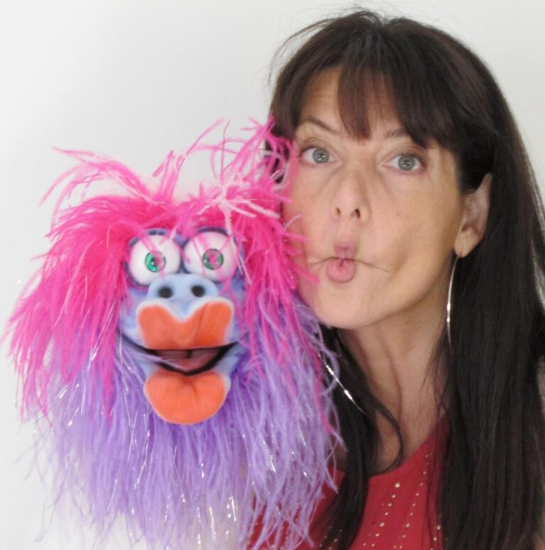 Tabata Magic with her Wildthing Puppet by Axtell