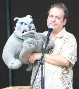 Joe Gandelman and his Bulldog.
