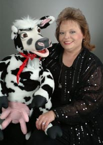 Jan Halford in Branson with Axtell Cow.